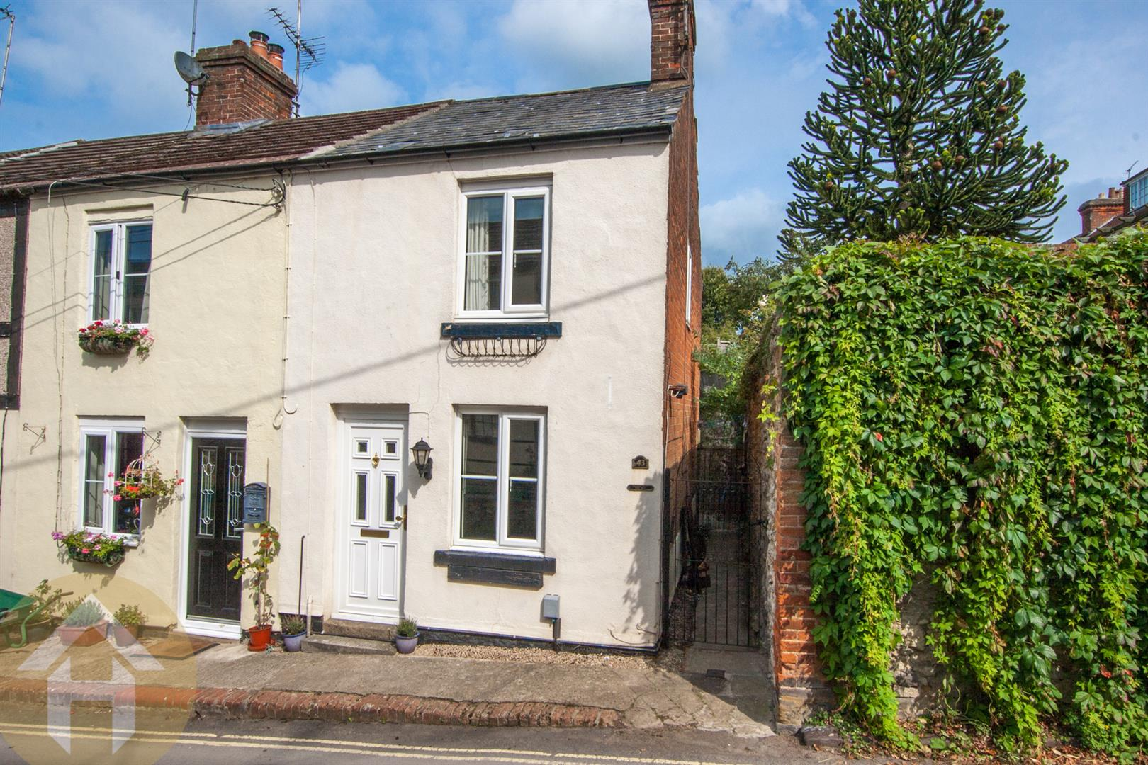 1 Bedroom Cottage House for sale in Wood Street, Royal Wootton Bassett